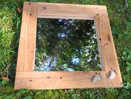 Spiegel aus Palettenholz