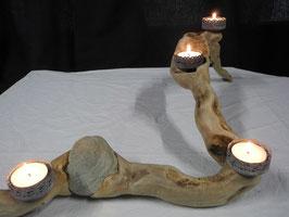 Adventsgesteck aus einer Treibholz Wurzel