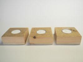 Drei Teelichthalter aus Treibholz