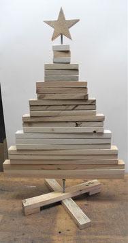 --STOR -- Mittlerer Weihnachtsbaum aus Palettenholz