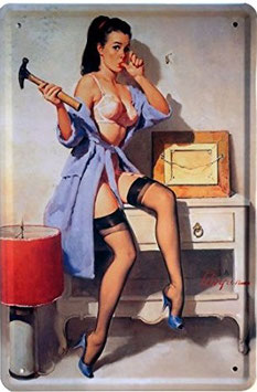 Pin Up Hammer
