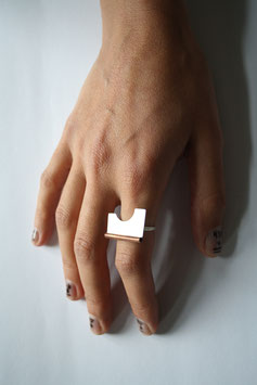 Azy Ring