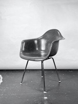 Herman Miller Eames Fiberglass Armchair in Elephant Hide Grey