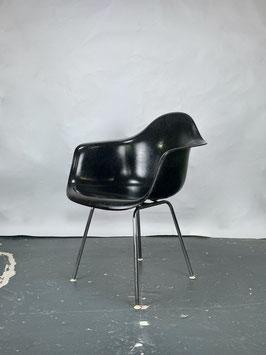 Herman Miller Eames Fiberglass Armchair in Black