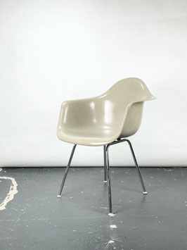 Herman Miller Eames Fiberglass  Armchair in Greige Light