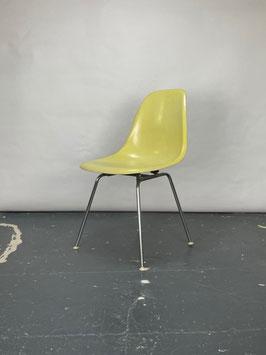 Herman Miller Eames Fiberglass Sidechair in Lemon Yellow