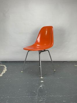 Herman Miller Eames Fiberglass Sidechair in Red Orange