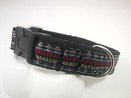 Hundehalsband mit Acetal-Klickverschluss indische Webborte schwarz/silber/magenta