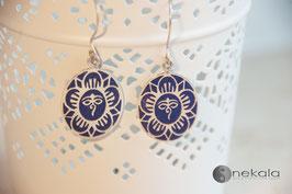 Ovaler Lotus Ohrring blau