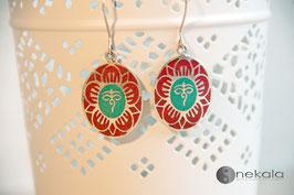 Ovaler Lotus Silber-Ohrring rot-türkis