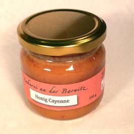 Honig mit Cayenne
