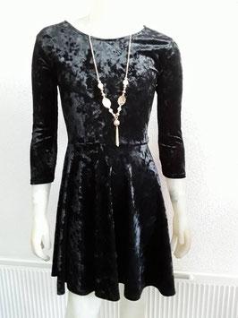 rood of zwarte jurk
