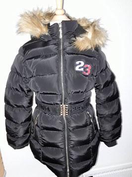 winterjas zwart met riem en bontkraag