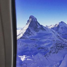 Eiger, Mönch, Jungfrau mit Matterhorn ab Zweisimmen 75min