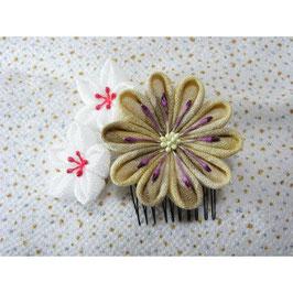 みかん染めの髪飾り 花