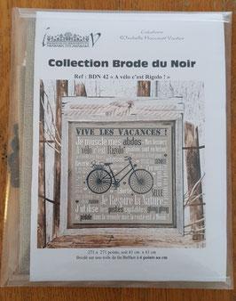 """Kit Collector - """" A vélo c'est rigolo!"""" / Toile Aida de lin 8 pts"""