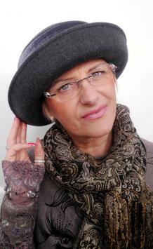 Wollhut Irina ( 4 )