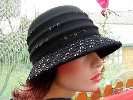 Damenhut in Aubergine elegant Damenhüte Damenmützen Anlasshüte Damenmützen (23)