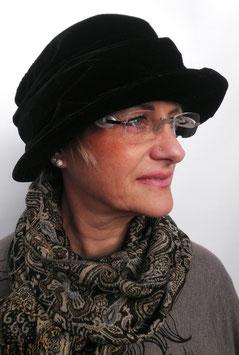 Damenhut Samtartig in schwarz Damenhüte Damenmützen Wollhüte Anlasshüte (18)