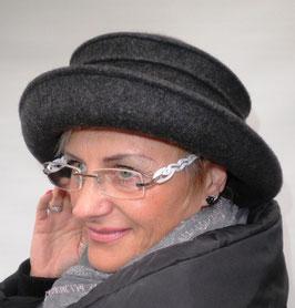 Wollhut Irina in Schwarz oder Graumelange ( 2 )
