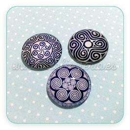 Lote único - cabuchones espirales estilo celta azul marino y blanco CELTAMARINO