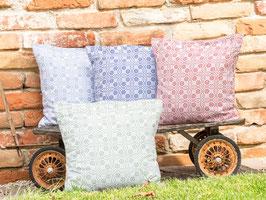 Schafwoll-Zirbenkissen zum Schlafen mit 100% Baumwollbezug
