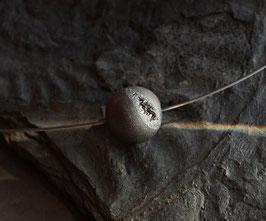einzelne Achatgeodenkugel klein