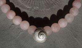 Rosaquarzkette mit Silberschneckenhaus