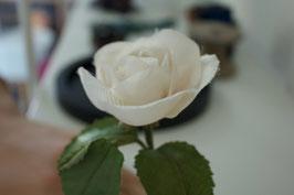 ROSE EN SOIE SUR TIGE SUR MESURE