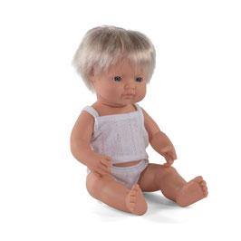 poupée *garçon* européen