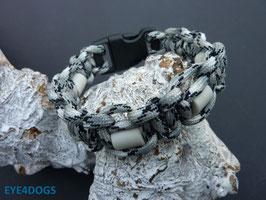 Armband Cobra grijs camo met clicksluiting