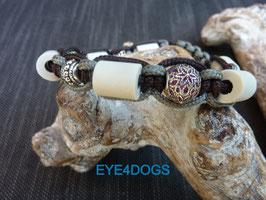 Armband Cobra grijs/bruin v.v. schuifsluiting en metalen charms