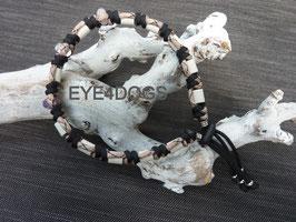 Combi-band  de Gouden Driehoek Bram rondgeknoopt (Anti-tekenband van 4mm paracord gecombineerd met unieke combinatie van 3 edelstenen, bergkristal, rozenkwarts en amethist)