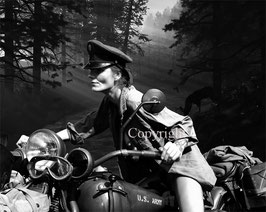 Woman Soldier werk 2