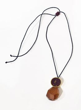 Collana Goccia legno, ottone e argilla - viola scuro
