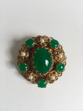 Groene steen vintage broche (4 x 4,5 cm)