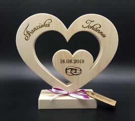 Ausgefallenes Hochzeitsgeschenk ink. Gravur von Namen und Datum aus Zirbe!