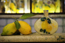 Sabina cc. 200 Crema Decorata a mano Limoni