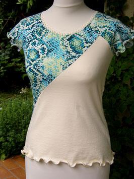 Raglan-Shirt cremeweiß mit türkisem Schlangenmuster