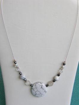 Silberdrahtkette mit Magnesit und Bergkristall