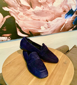 Billi bi - Navy Suede Leather Loafer - So Many Queens Special Edition !