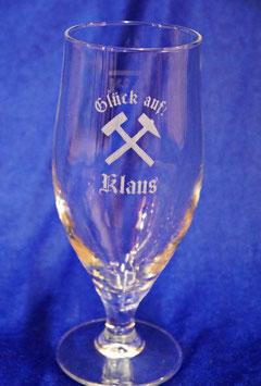 Pilsglas 0,3l mit Hammer und Meißel inkl. Namensgravur