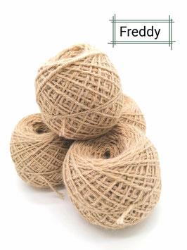 Schöne Wolle von Freddy in light Fawn  je 100 g Knäul