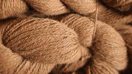 Tolle Wolle von unseren Rosario in braun 100 g, 3 fädig ( Farbe kann durch Foto immer abweichen)