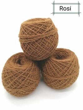 Schöne Wolle von unseren Rosario in braun 100 g, 3 fädig