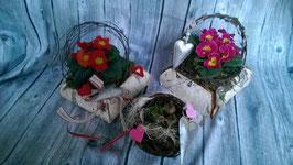 Saisonale, florale Dekorationen