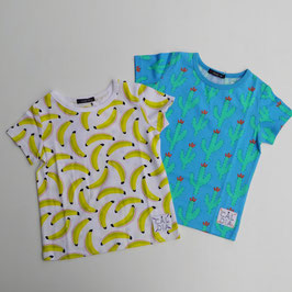 バナナとサボテンの陽気な半袖Tシャツ/Caldia