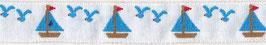 ヨットのチロリアンテープ(白地に水色のヨット)