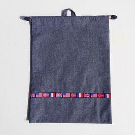 シリーズ21のお着替え袋(国旗チロリアン)