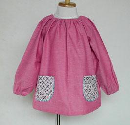 M2.ピンク系シャンブレー+紺系お花ポケットのスモック